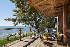 An uber cool lakeside hideaway in Prince Edward County