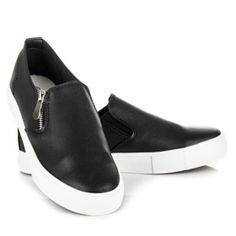 Největší internetový obchod s obuví, nejnovější trendy, slevy, výprodeje. Módní kozačky, balerínky, lodičky, kotníkové boty, sandály, trepky, tenisky. Trendy, Vans Classic Slip On, Sneakers, Shoes, Fashion, Tennis, Moda, Slippers, Zapatos