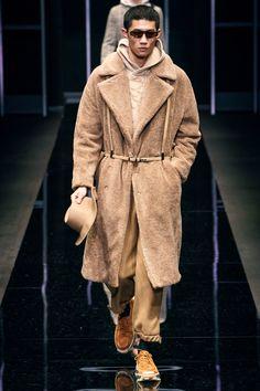 64cffb0106 Emporio Armani Fall 2019 Menswear Collection - Vogue Emporio Armani, Fashion  Show Collection, Nudes