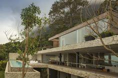 AL House,© Fernando Guerra | FG + SG