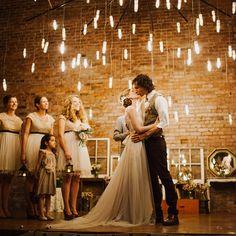 Aprenda a montar uma decoração perfeita para casamento rústico com essas dicas.
