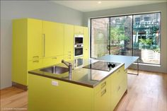 kitchen+cabinets+yellow.jpg (512×342)