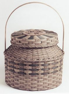 The Two Bs (Baskets and Bears) - Carolyn A. Starr from the Vermont Hand Crafters website