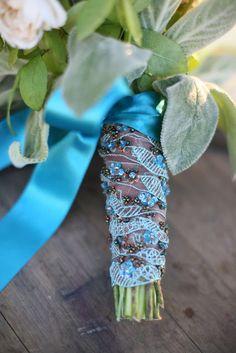 Wedding bouquet wrap