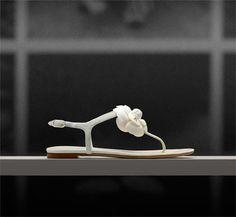 a2d2921b84ba Sandal w White Gardenia l Chanel S S 2013 White Gardenia