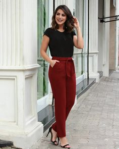 Inexpensive Office Outfits Ideas For Career Women Business Casual Outfits, Business Dresses, Edgy Outfits, Office Outfits, Classy Outfits, Moda Formal, Professional Dresses, Business Professional, Formal Looks