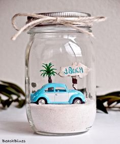 37 Relaxed Beach Themed Christmas Decoration Ideas The love of oceanside events has caused a love of all things beach related. This includes beach Christmas decorations. Seashell Crafts, Beach Crafts, Fun Crafts, Diy And Crafts, Beach Themed Crafts, Homemade Crafts, Beach Christmas, Christmas Crafts, Christmas Decorations