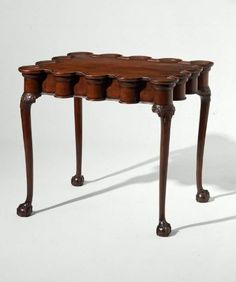 corner table for drinks or disposing objects Turret Top Tea table, ca Rococo Style, turret top more common in Boston. Boston Furniture, Fine Furniture, Furniture Styles, Georgian Furniture, Antique Furniture, Reproduction Furniture, Eclectic Furniture, Primitive Furniture, Early American Furniture
