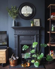 Most recent Free black Fireplace Mantels Suggestions – Rebel Without Applause Decor, Home Living Room, Dark Living Rooms, Black Fireplace Mantels, Front Room, Home, Victorian Living Room, Fireplace, Living Room With Fireplace