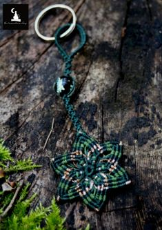 Keychain Zipper Charm Mandala Glow in the dark by TheTomentosaShop
