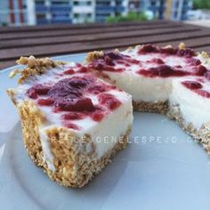Discover recipes, home ideas, style inspiration and other ideas to try. Healthy Desserts, Raw Food Recipes, Sweet Recipes, Dessert Recipes, Sport Food, Cheesecake, Cooking Light, Light Recipes, Cooking Time