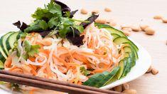 Nesmažené závitky – Nem cuốn - ZaseRyze.cz Food Categories, Spinach, Nom Nom, Cabbage, Vegetables, Ethnic Recipes, Cabbages, Vegetable Recipes, Brussels Sprouts