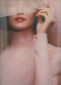 Lauren Hutton, Vogue UK 1972