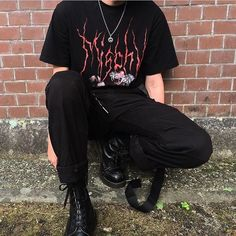Discover recipes, home ideas, style inspiration and other ideas to try. Punk Outfits, Grunge Outfits, Hippie Outfits, Cool Outfits, Fashion Outfits, Fashion Men, Mens Grunge Fashion, Grunge Men, Grunge Clothes