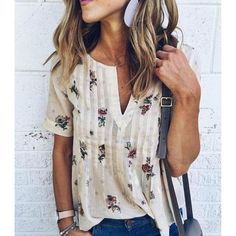 Love the blouse! Color and pattern.Cream blouse with floral print. Stitch fix fall Fall fashion trends and inspiration. Stitch Fix Outfits, Fall Fashion Trends, Autumn Fashion, Stitch Fix Fall, White V Necks, Mode Outfits, Girl Outfits, Blouses For Women, Ideias Fashion