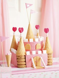 easy DIY castle cake for girls princess birthday party ideas #birthday #cake #party