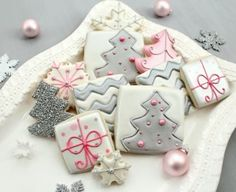 i love non traditional colors Christmas Color schemes. Pink and Grey, who knew how cute it would be...