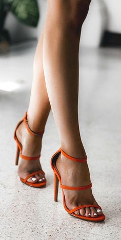 Orange strappy heels perfect for spring and summer | Pinterest: callistacvs (for more inspirations! Hair, makeup/beauty, celebrities, airport styles, accessories, sneakers/shoes, bathing suits/bikini, inspirational quotes) More