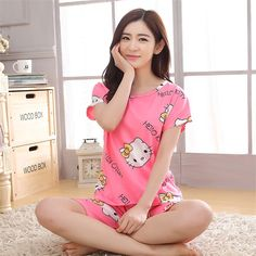 New 2016 Cartoon Pajama sets Women cartoon Pajama Sets For Girl Fashion Nightwear Fashion Pajamas Sleepwear Clothes 2 pieces