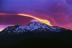 Mount Shasta is one of the world's preeminent sacred mountains but it also has a dangerous history. Mount Shasta, California Mountains, Northern California, California Usa, Chakras, Lenticular Clouds, Sacred Mountain, Sky Mountain, Active Volcano