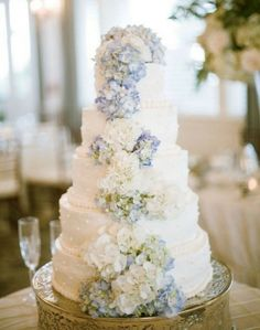 wedding cake, wedding hydrangeas, wedding flowers