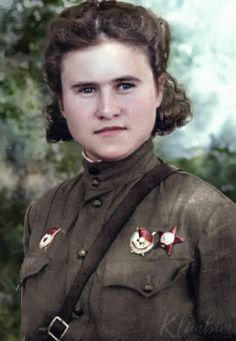 """Evdokia Pasko - a legendary woman-aviator from the Guards Night Bomber Aviation Regiment (""""Night Witches""""). Moscow University, State University, Eastern Front Ww2, Aviators Women, Colorized Photos, Female Soldier, Red Army, Soviet Union, Famous Faces"""