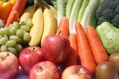 It is National Nutrition Week and the aim is to boost our intake of fruits and veggies. Can you add 5 different coloured vegetables or fruit to your day? Eat Fruit, Fruit And Veg, Fruits And Vegetables, Fresh Fruit, Veggies, Food Fresh, Organic Vegetables, Fruit Benefits, Health Benefits