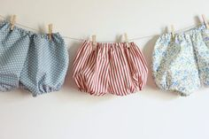 couture facile : le bloomer                                                                                                                                                      Plus Short Bebe, Bloom Baby, Future Maman, Baby Couture, Baby Girl Crochet, Little Girl Outfits, Handmade Baby, Sewing Clothes, Diy For Kids