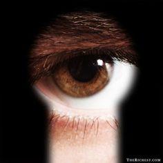 10 De Los Rasgos Más Comunes de Asesinos Seriales en Potencia - #¡WOW!, #Terror  http://www.vivavive.com/asesinos-seriales/