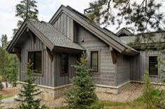 Beautiful Shou-Sugi-Ban Charwood home Mountain Home Exterior, Mountain House Plans, Dream House Exterior, Rustic Exterior, Craftsman Exterior, Exterior Design, Exterior Homes, House Cladding, House Siding