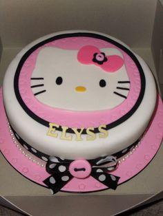 Hello Kitty | Flickr: Intercambio de fotos Torta Hello Kitty, Animation Film, Yummy Treats, Cake Decorating, Best Gifts, Birthday Cake, Decorated Cakes, Uni, Food