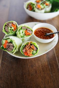 Bulgogi Spring Rolls With Sweet Ssamjang Sauce - My Korean Kitchen Korean Dishes, Korean Food, Chinese Food, Chinese Desserts, How To Make Bulgogi, Asian Recipes, Healthy Recipes, Ethnic Recipes, Sushi