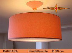 Loungeleuchte BARBARA, D 50 cm, Pendellampe mit Diffusor und Baldachin. ein heller Lachs-Farbton bringt eine warme Atmosphäre in den Raum.