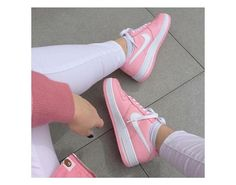 Do you like the color pink?