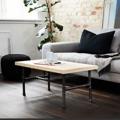 Industrial detail 👊🏻#rackbuddy #coffeetable #sofabord #freeshipping #pipedesign #tablelegs #nordichome #industrial #details #home #copenhagen #cosy #wood #interiordesign #furniture #tabletops #table #bord #homeinspiration