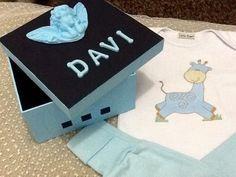 Kit com 2 Bodies e 2 calças - suedine - caixa estilizada - personalizado <br>Contato (11)979995434