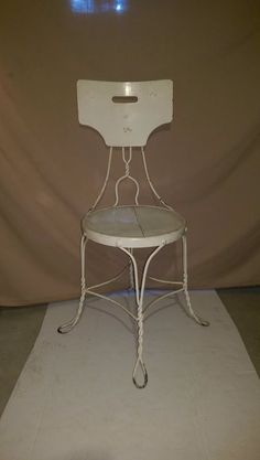 Vtg.ice cream parlor Chair,Twisted Steel,wroght irn,wood back and seat,wht,decor