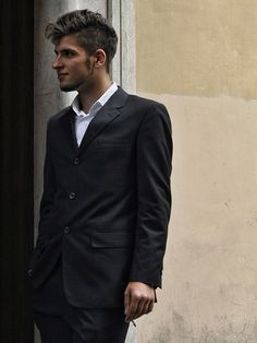 Men of Rome Rome Street Style, Rome Streets, Suit Jacket, Suits, Jackets, Men, Fashion, Down Jackets, Outfits