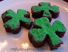 St. Patrick's Day *Food* - Green Shamrock Brownies (tutorial)