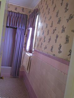 Elvis Presley Graceland parents bathroom | by Mr. Littlehand
