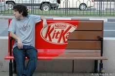 Images often speak louder than words. Here are the Best 100 Guerilla Marketing examples I've seen. Guerrilla Marketing (Guerilla Marketing) takes consumers. Creative Advertising, Guerrilla Advertising, Advertising Campaign, Advertising Design, Advertising Ideas, Viral Advertising, Product Advertising, Advertising Space, Street Marketing