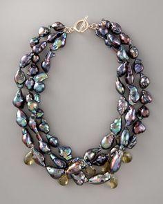 //Wendy Brigode  Black Baroque Pearl Necklace