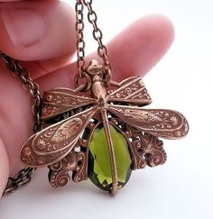 Olivine Dragonfly necklace Victorian filigree pendant di Federikas, $73.00