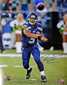 RUSSELL WILSON SIGNED FRAMED 16X20 SEAHAWKS COA RW HOLO 16X SEATTLE AUTOGRAPH