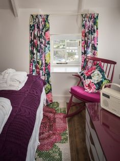 Luxury self-catering coastal cottage in Cornwall for honeymoons
