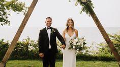 Μοντέρνοι γάμοι που κάνουν τα πρωτοποριακά ζευγάρια. Wedding Dresses, Fashion, Bride Dresses, Moda, Wedding Gowns, Wedding Dress, Fasion, Bridal Gowns, Fashion Illustrations