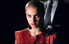 v for vendetta shave scene Demi Moore, Natalie Portman, V Pour Vendetta, Star Wars, I Want To Work, Hollywood, Ap Art, Shaving, Scene