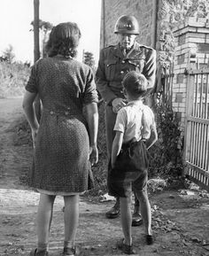 George Patton speaking with French civilians August 1944.