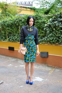 this whole cropped crop top business totally has my attention. #TiffanyHsu showing us hers in Milan. cool.