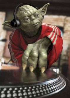 Star Wars merchandise and stuff at affordable prices. Arte Do Hip Hop, Hip Hop Art, House Music, Music Is Life, Yoda Pictures, Dj Yoda, Funny Birthday Presents, Happy Birthday, Yoda Funny